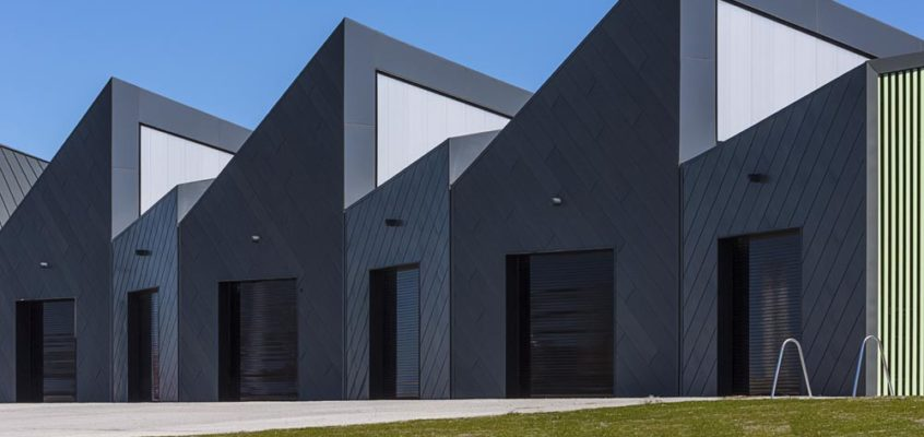 See the Photos: the LIGHTWALL 3440 for the Eleanor Boathouse in Chicago