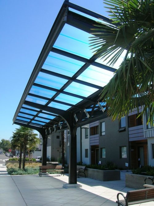 Cellular polycarbonate panels for skylights and windows