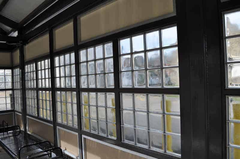 mortarless glass block - EXTECH's GRIDLOCK system