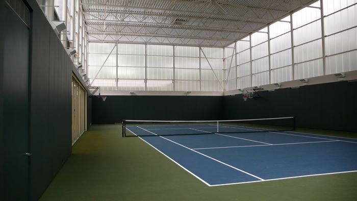 clear polycarbonate wall for recreation - EXTECH's LIGHTWALL for the Lurie Tennis Enclosure in Wynnewood, PA