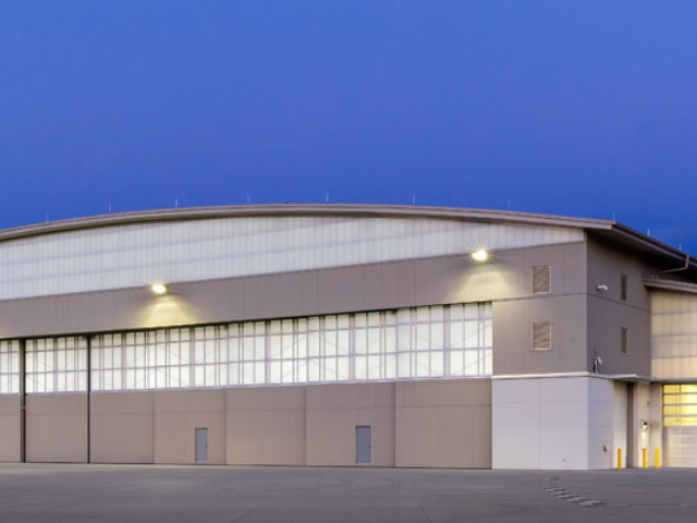 clear wall panels - EXTECH's LIGHTWALL 3440 & SKYGARD 3300 at Dupage Airport in Chicago, IL