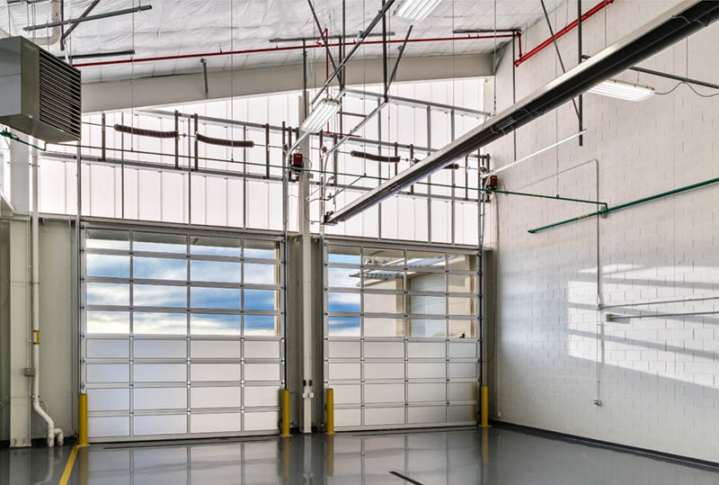 polycarbonate panels for airport hangars - EXTECH's LIGHTWALL 3440 & SKYGARD 3300 at Dupage Airport in Chicago, IL