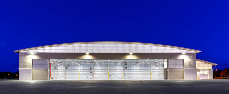 translucent walls for airport hangars - EXTECH's LIGHTWALL 3440 & SKYGARD 3300 at Dupage Airport in Chicago, IL