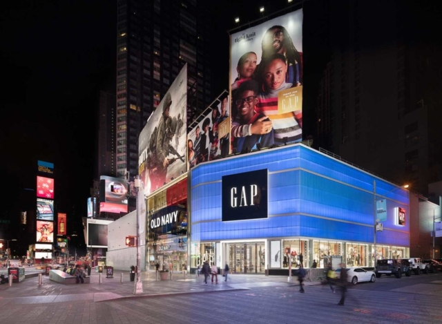 blue translucent facades for retail - EXTECH's LIGHTWALL 3440 for the Gap store in New York, NY